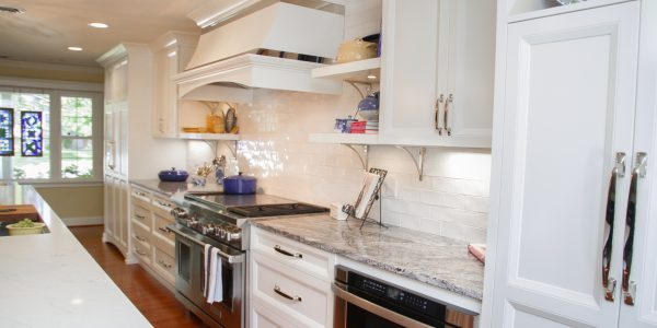 Timeless-Classic-Sophisticated-Casual-kitchen