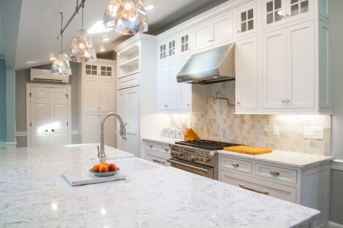 Kitchen Lighting: Bringing the Home Together